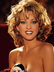 Playmate of the Month June 2000 - Shannon Stewart�